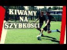 Jak grać w piłkę - kiwanie zawodników podczas biegu