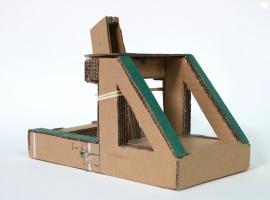 Jak zrobić katapultę z kartonu