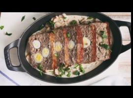 Jak przygotować pieczeń rzymską z jajkami przepiórczymi