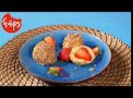 Jak zrobić knedle z truskawkami w orzechowej panierce
