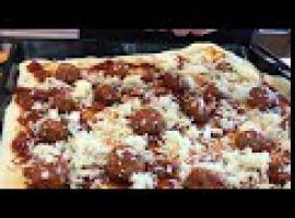 Jak zrobić pizzę która przeraża Włochów