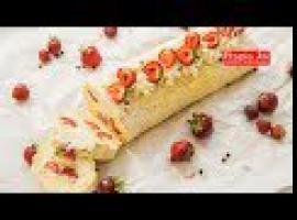 Jak zrobić biszkoptową roladę z kremem i truskawkami