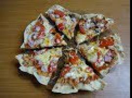 Jak zrobić podpłomyk - polską pizzę