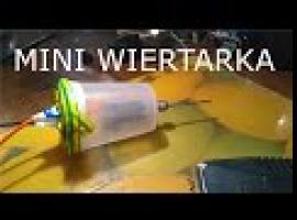 Jak zrobić mini wiertarkę z plastikowego kubka