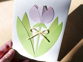 Jak zrobić kartkę okolicznościową z tulipanem