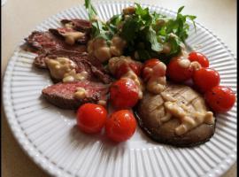 Jak zrobić pyszny steak z orzechową pierzynką