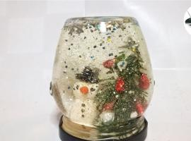 Jak wykonać świąteczną dekorację w słoiku - magiczna kula