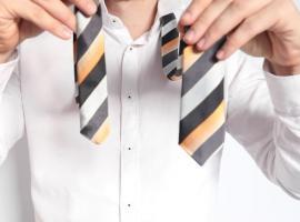 Jak zawiązać krawat - węzeł windsorski