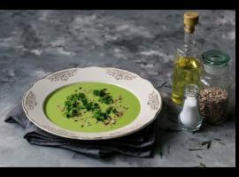 Jak zrobić zupę krem z zielonych warzyw