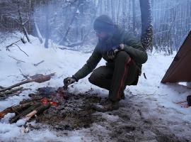 Jak przygotować survivalowy posiłek w lesie