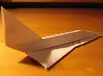 Jak zrobić samolot f-102 z kartki papieru